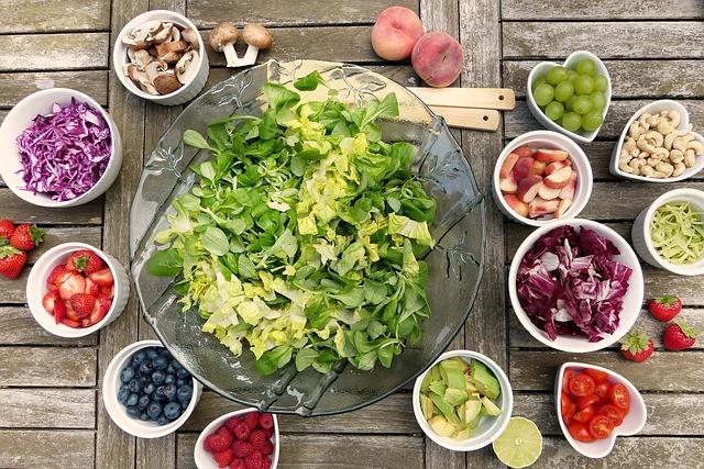 乾燥肌の食べ物で即効性あるもの5選!お肌しっとりの最強レシピも!