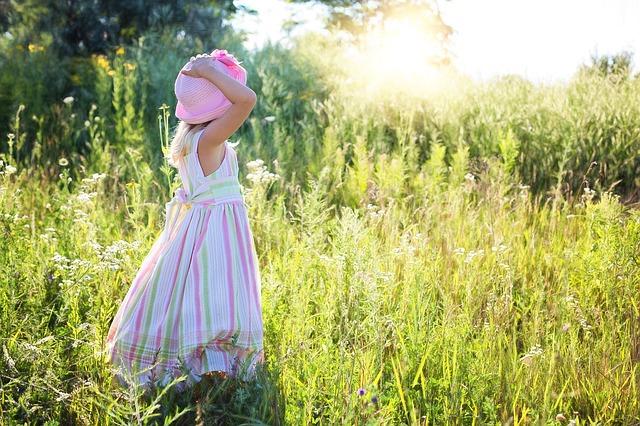 子供の日焼け止め 安全オーガニック5選!敏感肌には+〇〇が必須!